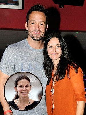 Courteney Cox & Costar Josh Hopkins Not Dating (But 'She's Really Hot,' He Says) | Courteney Cox