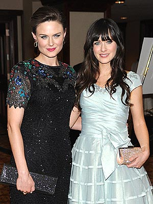 Zooey Deschanel 'Super Excited' to Become an Aunt | Emily Deschanel, Zooey Deschanel