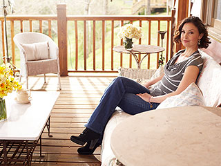 Ashley Judd Reveals Sexual Abuse, Family Pain in Memoir