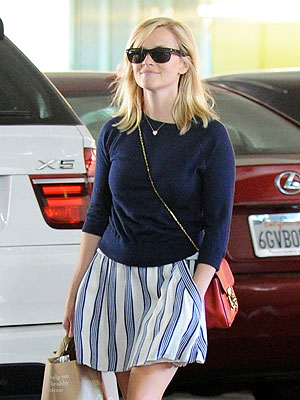 Reese Witherspoon Hit by Car While Jogging | Reese Witherspoon