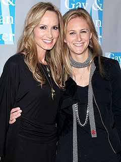 Chely Wright Welcomes Twins George Samuel and Everett Joseph