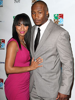 Brandon Marshall of Miami Dolphins Stabbed by Wife, Police Say