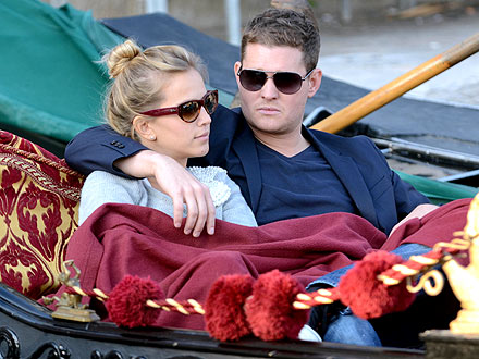 Michael Buble Takes Romantic Holiday