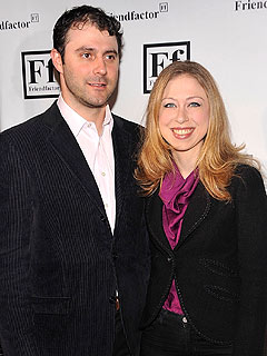 Chelsea Clinton&#39;s Husband Starting Hedge Fund: Report