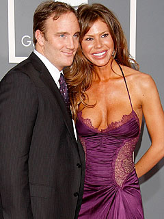 It's a Boy for Nikki Cox and Jay Mohr!