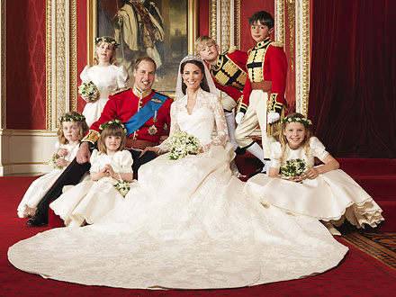 Official Royal Wedding Portraits Revealed| Royal Wedding, Kate Middleton, Prince Charles, Prince Harry, Prince William, Queen Elizabeth, Queen Elizabeth II