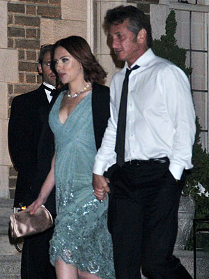 Scarlett Johansson and Sean Penn's White House Party PDA | Scarlett Johansson, Sean Penn