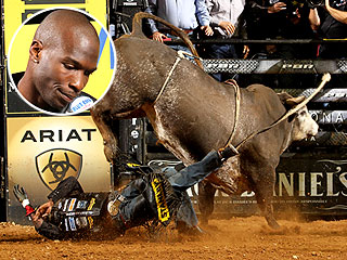 PHOTO: Chad Ochocinco Tries (and Fails) Bullriding | Chad Ochocinco