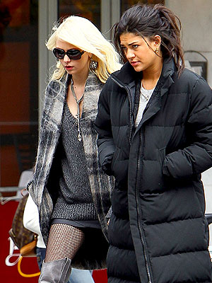 Taylor Momsen and Jessica Szohr to Leave Gossip Girl