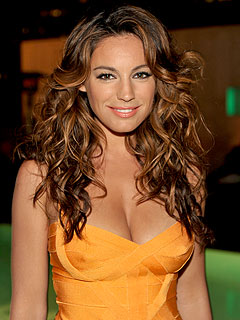 Kelly Brook Suffers Miscarriage