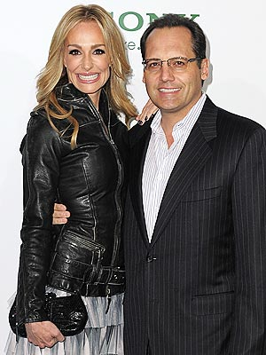 taylor armstrong 300 Real Housewife Taylor Armstrong Files for Divorce