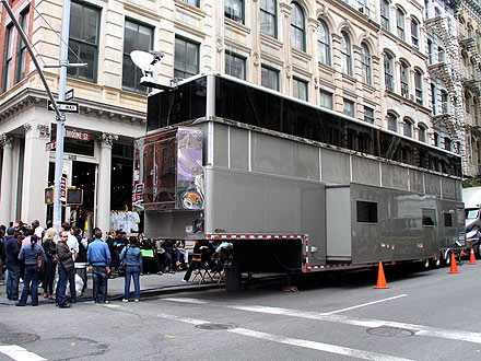 Will Smith's Super-Sized Trailer Upsets Residents| Movie News, Will Smith