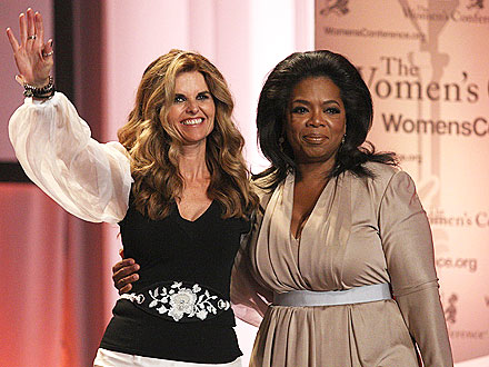 Oprah, Maria Shriver Share a Meal in Chicago