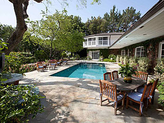 Elizabeth Taylor's House for Sale for $8.6 Million