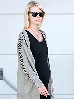 January Jones 'Feeling Great' About Pregnancy