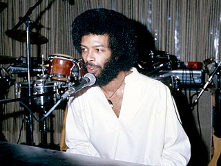 Gil Scott-Heron Dies| Tributes, Music News, Gil Scott-heron