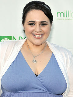 Hairspray Star Nikki Blonsky Working at Long Island Shoe Store