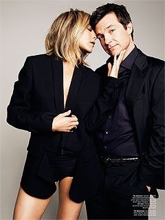 PHOTO:  Jennifer Aniston Strips Down with Horrible Bosses Costar Jason Bateman | Jason Bateman, Jennifer Aniston