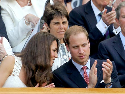 Prince William & Kate Feel the Love at Wimbledon