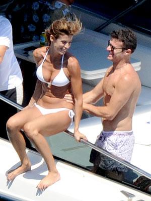 PHOTO: Elisabetta Canalis Rocks White Bikini on Yacht with Former Flame