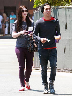 Pete Wentz Dating Michelle Trachtenberg?