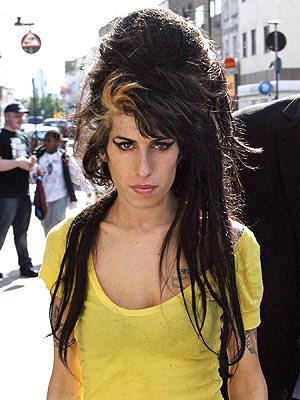 Amy Winehouse Died in Bed with No Sign of Drugs Nearby | Amy Winehouse