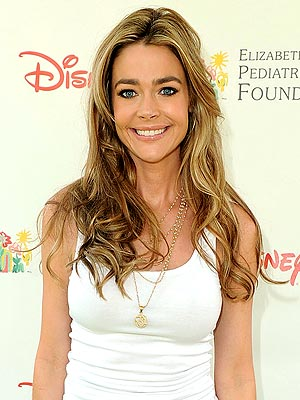 denise richards 300 Denise Richards Throws Baby Shower for Daughter Eloise