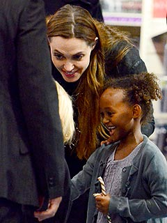 Angelina and Zahara's Shopping Smiles | Angelina Jolie