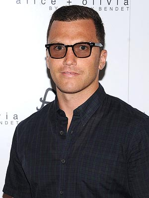 Sean Avery Arrested at His Home