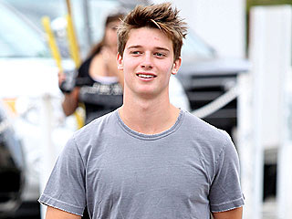 Patrick Schwarzenegger Goes Shirtless for New Ad| Bodywatch, Arnold Schwarzenegger, Maria Shriver, Patrick Schwarzenegger