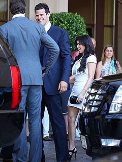Kim Kardashian Wears White to Rehearsal Dinner | Kim Kardashian, Kris Humphries