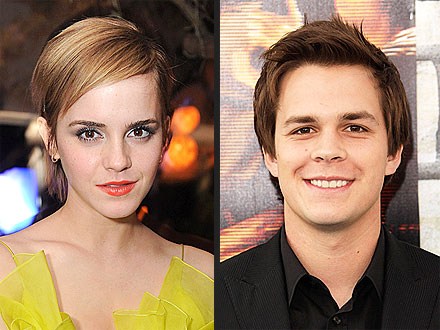 Emma Watson, Johnny Simmons Shop in Paris