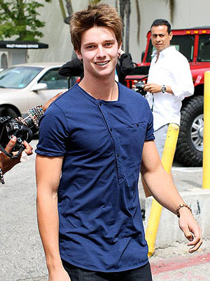 Patrick Schwarzenegger Says Family 'Doing Well' | Patrick Schwarzenegger