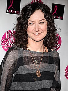 Sara Gilbert Confirms Her Relationship with Linda Perry | Sara Gilbert