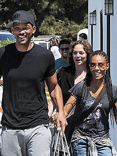 PHOTO: Will & Jada Pinkett Smith Share a Smiley Shopping Trip | Jada Pinkett Smith, Will Smith