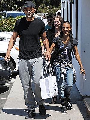 Will Smith, Jada Pinkett Smith Not Splitting, Go Shopping in Malibu: Pictures