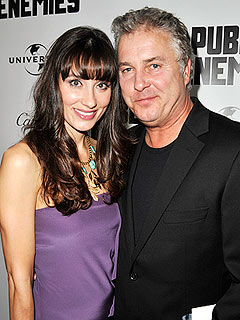 CSI&#39;s William Petersen Welcomes Twins
