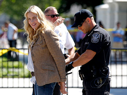 Daryl Hannah Arrested at Protest