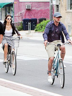 Justin Timberlake, Jessica Biel Bike & Brunch in Toronto | Jessica Biel, Justin Timberlake