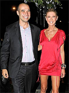 PHOTO: Tara Reid's Newlywed Night Out | Tara Reid