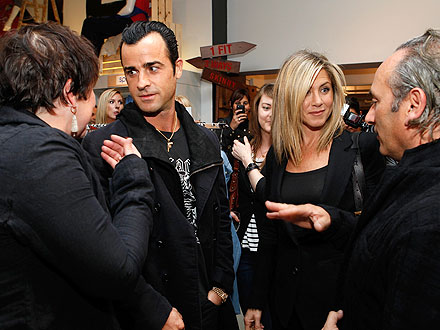 Jennifer Aniston & Justin Theroux's Date Night