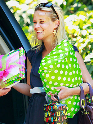 Reese Witherspoon Steps Out Post Car-Accident