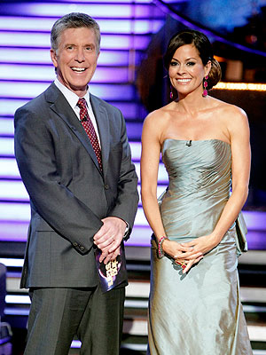 Dancing with the Stars Delivers Season's First Perfect 30 | Brooke Burke, Tom Bergeron