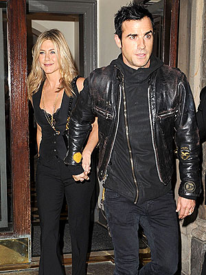 Jennifer Aniston & Justin Theroux: 'Lovey-Dovey' on the Set of Lifetime Movie | Jennifer Aniston, Justin Theroux