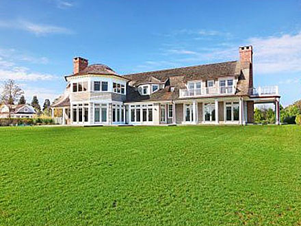 Jennifer Lopez Buys $18 Million Hamptons Home| Celeb Real Estate, Jennifer Lopez