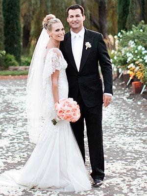 Molly Sims las vegas wedding dress