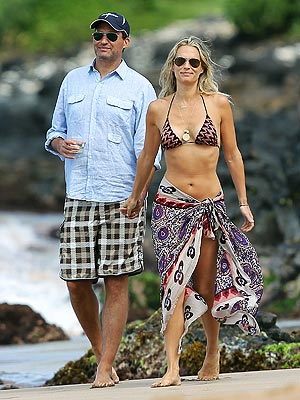 Molly Sims & New Husband Jet Off to Maui for Honeymoon | Molly Sims
