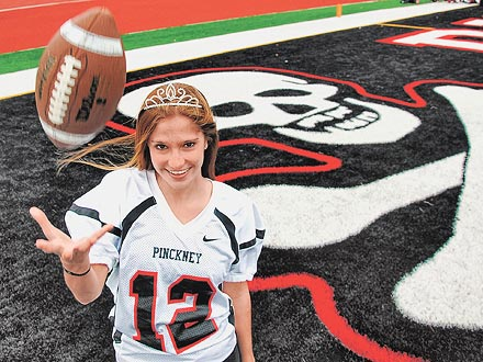 Homecoming Queen Kicks Team&#39;s Winning Field Goal