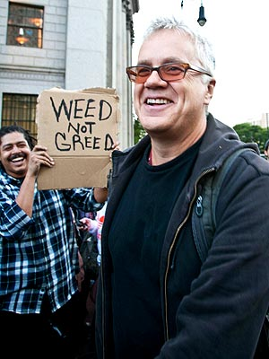 Tim Robbins, Penn Badgley Join 'Occupy Wall Street' Cause | Tim Robbins