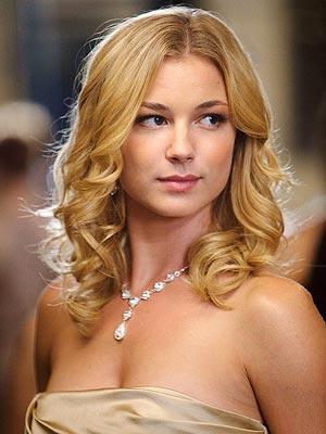 emily vancamp without makeup